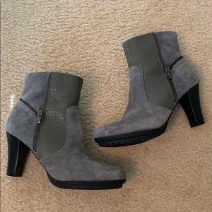 Grey ankle booties - EUC